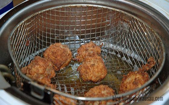Sauerkraut balls in the fryer