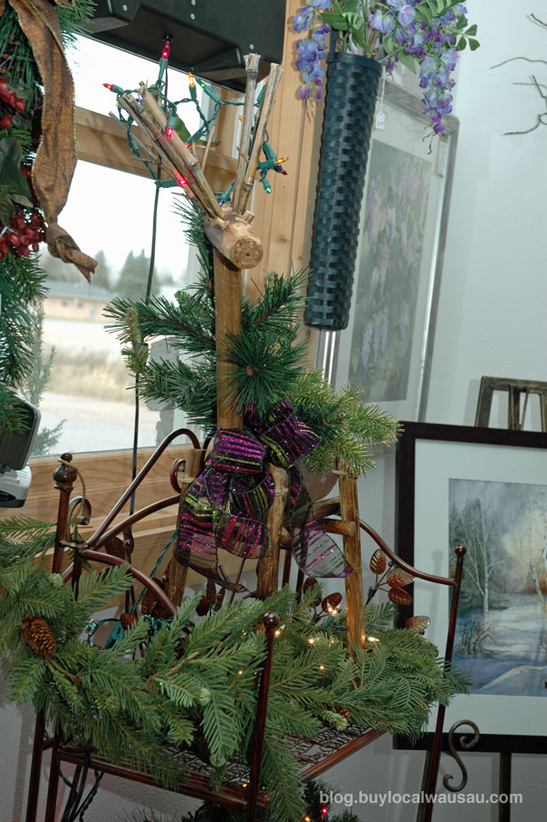 Blue green gallery opening in downtown wausau this holiday for Michaels crafts wausau wi