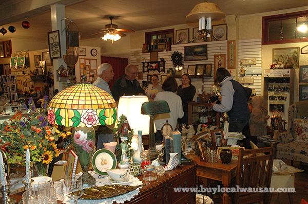Jackies Attique rothschild wausau vintage antique store