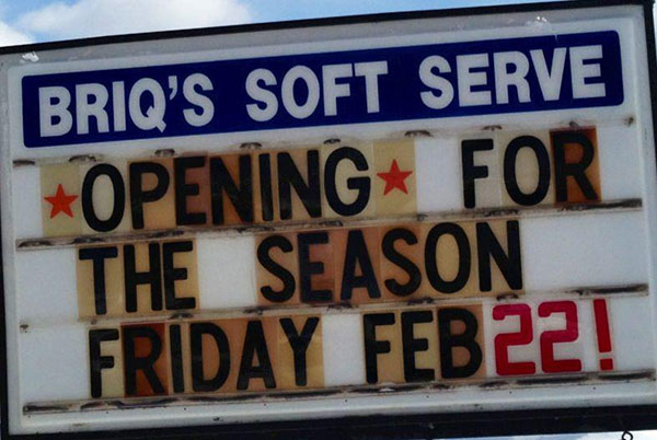 briqs-opening-sign