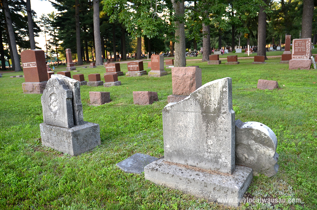 Pine-grove-broken-headstones-1
