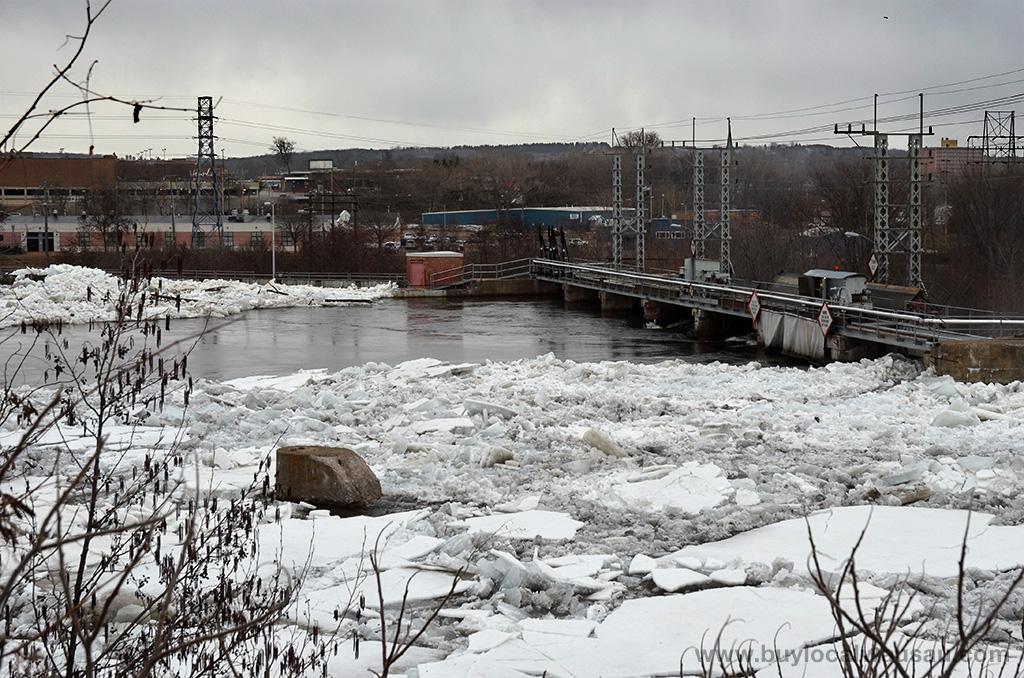 Wausau-Hydro-Plant-ice