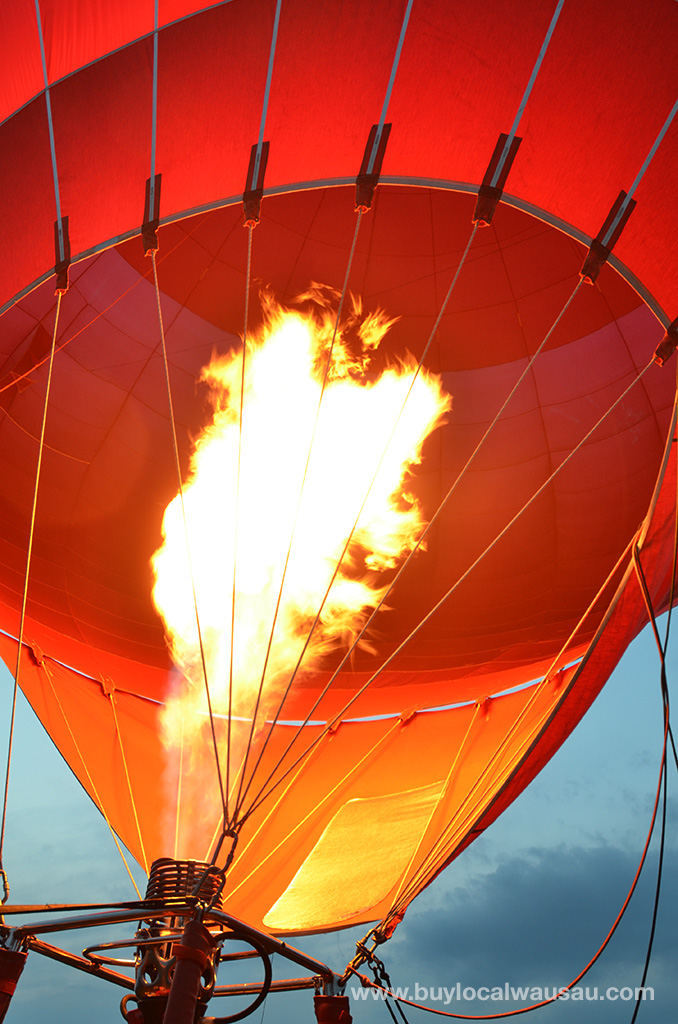 Balloon-Rally-2014-Firing-the-burners