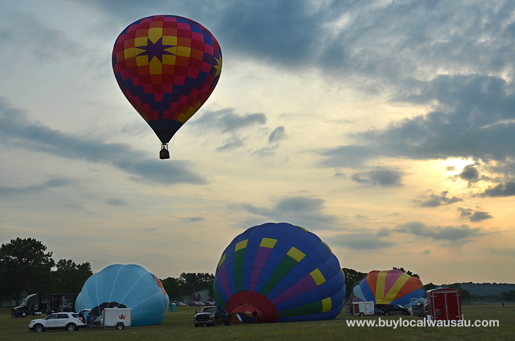 Wausau Events Balloon Rally heads off into the Sunrise