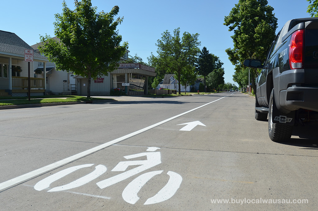 Bike-Lane-Stencil-Wausau-3rd-Ave