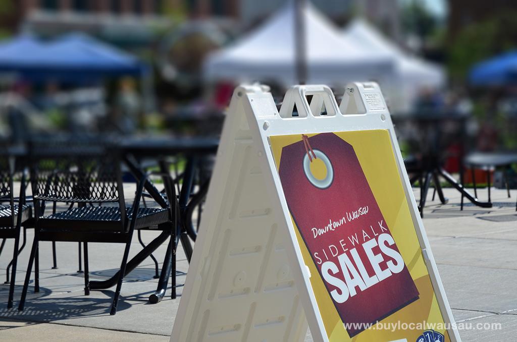 Downtown-Wausau-Sidewalk-Sale