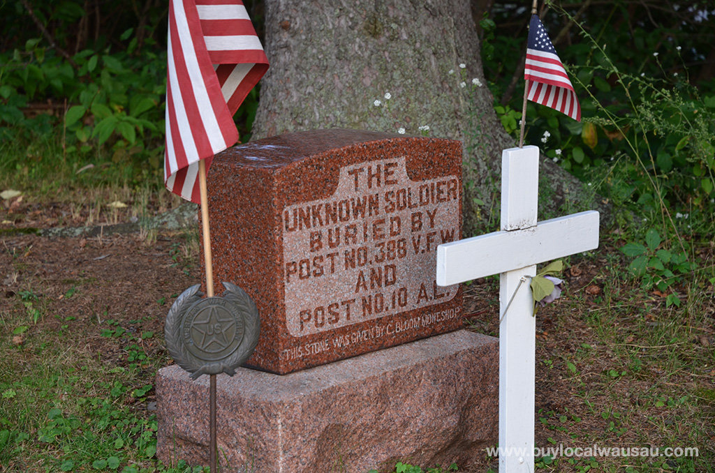 Wausau-unknown-soldier-grave